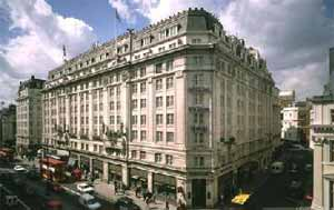 The City London S Financial District China Town Leicester Square And Piccadilly Circus Are Just Minutes Away Strand Palace Hotel